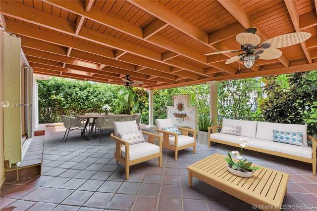 1519 Sarria Ave, Coral Gables, FL 33146 (MLS #A10889365) :: The Riley Smith Group