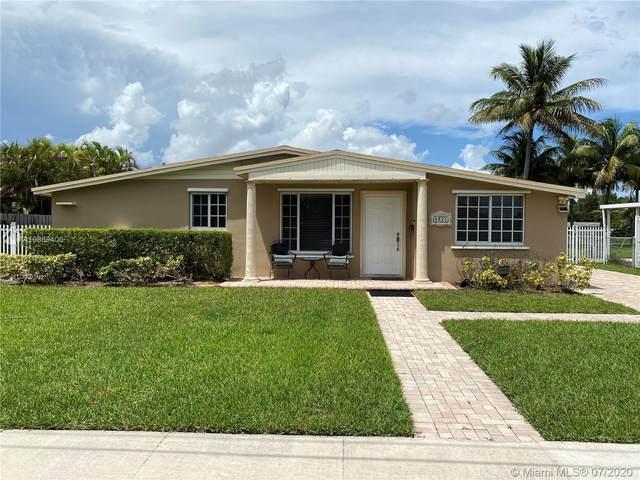 9825 SW 80th Dr, Miami, FL 33173 (MLS #A10889400) :: Berkshire Hathaway HomeServices EWM Realty