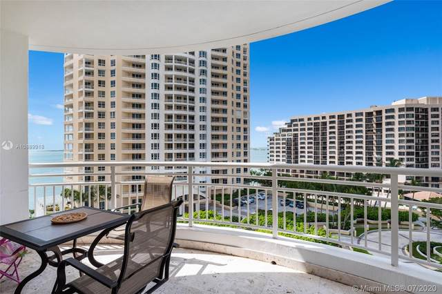 848 Brickell Key Dr #1003, Miami, FL 33131 (MLS #A10889918) :: Berkshire Hathaway HomeServices EWM Realty