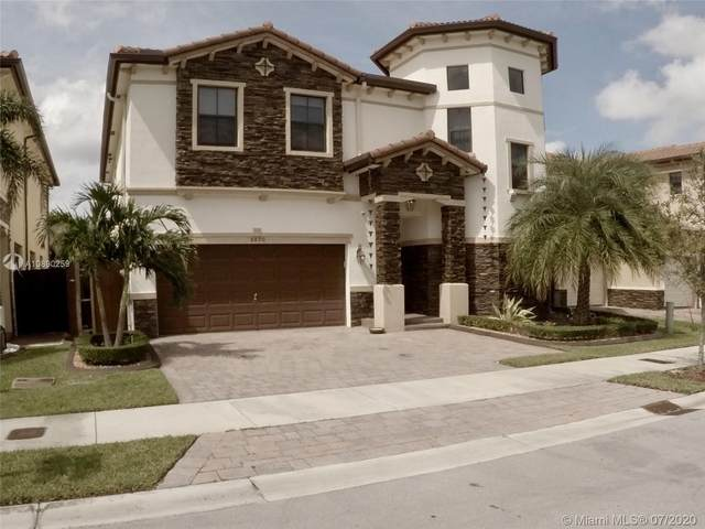 8890 NW 99th Ave, Doral, FL 33178 (MLS #A10890259) :: Carole Smith Real Estate Team