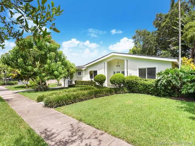 725 Benevento Ave, Coral Gables, FL 33146 (MLS #A10890272) :: Albert Garcia Team