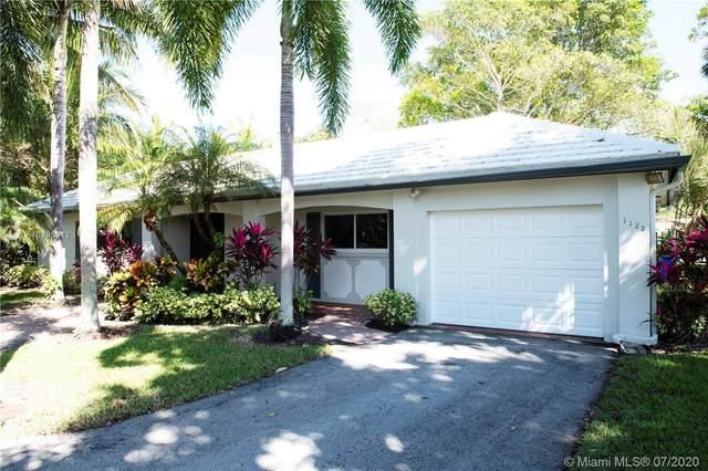 1128 W Cypress Dr V-15, Pompano Beach, FL 33069 (#A10890312) :: Real Estate Authority