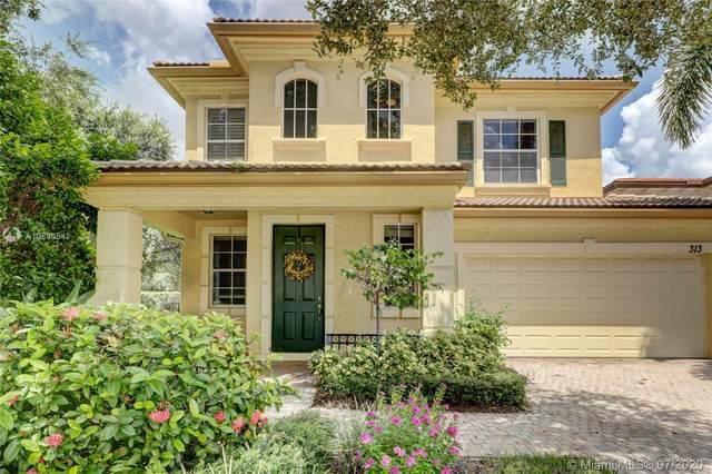 313 September St, Palm Beach Gardens, FL 33410 (#A10890542) :: Dalton Wade