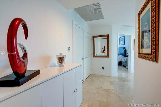60 SW 13th St #1500, Miami, FL 33130 (MLS #A10890806) :: Berkshire Hathaway HomeServices EWM Realty
