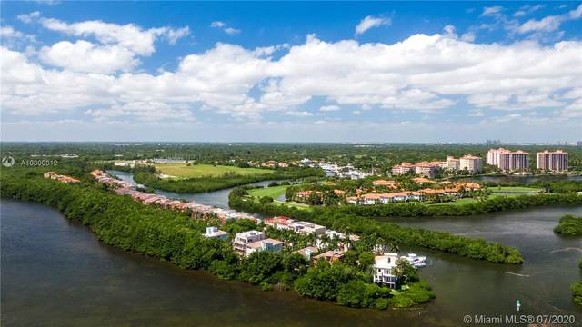 6012 Paradise Point Dr, Palmetto Bay, FL 33157 (MLS #A10890812) :: Berkshire Hathaway HomeServices EWM Realty