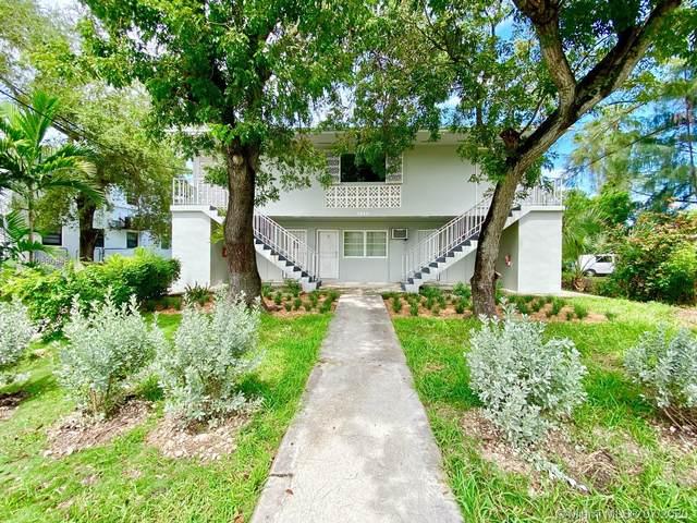 7843 NE 10th Ave, Miami, FL 33138 (MLS #A10890948) :: Miami Villa Group