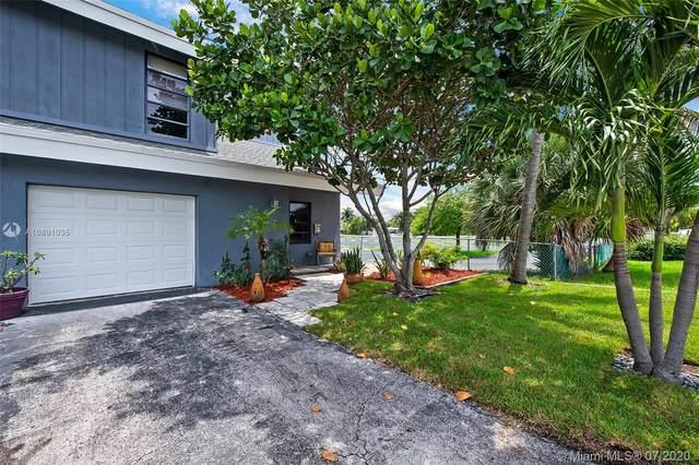 1515 NE 24th St, Wilton Manors, FL 33305 (MLS #A10891035) :: Berkshire Hathaway HomeServices EWM Realty