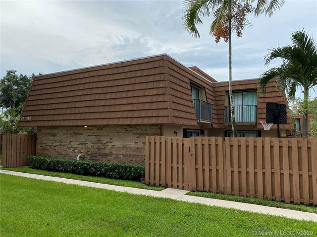 2542 Camelot Ct #2542, Cooper City, FL 33026 (MLS #A10891133) :: The Teri Arbogast Team at Keller Williams Partners SW