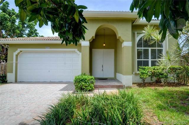 9007 SW 161st Ter, Palmetto Bay, FL 33157 (MLS #A10891195) :: Berkshire Hathaway HomeServices EWM Realty