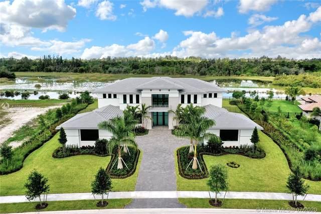 2829 Lake Ridge Lane, Weston, FL 33332 (MLS #A10891200) :: Berkshire Hathaway HomeServices EWM Realty