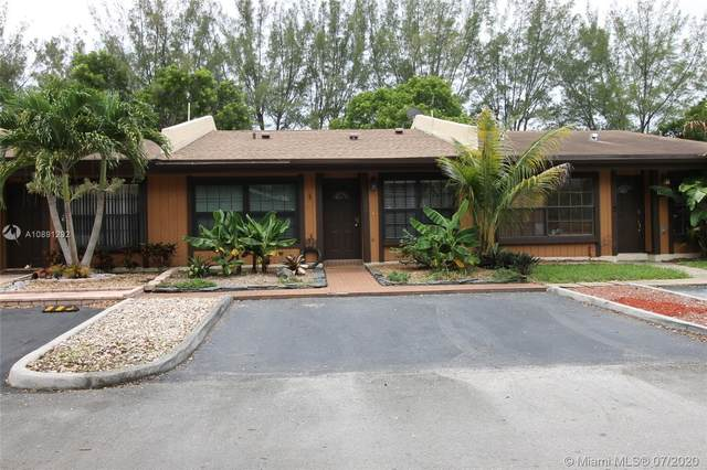 1960 Seagrape Ave, Pembroke Pines, FL 33026 (MLS #A10891292) :: Green Realty Properties