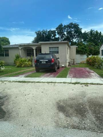 860 NE 158th St, North Miami Beach, FL 33162 (MLS #A10891302) :: Green Realty Properties