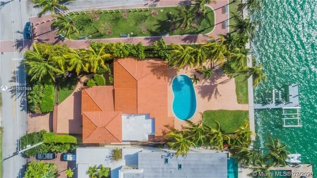 1700 Bay Dr, Miami Beach, FL 33141 (MLS #A10891399) :: Albert Garcia Team
