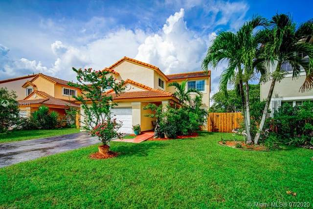 11261 SW 149th Pl, Miami, FL 33196 (MLS #A10891431) :: The Howland Group