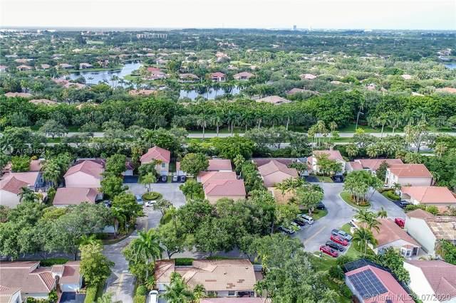 1373 Seagrape Cir, Weston, FL 33326 (MLS #A10891635) :: Berkshire Hathaway HomeServices EWM Realty