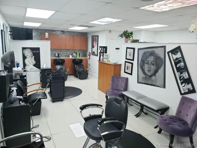 13205 SW 137 Ave, Miami, FL 33186 (MLS #A10892229) :: Berkshire Hathaway HomeServices EWM Realty