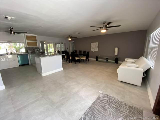 7535 W 14th Ave, Hialeah, FL 33014 (MLS #A10892240) :: Berkshire Hathaway HomeServices EWM Realty