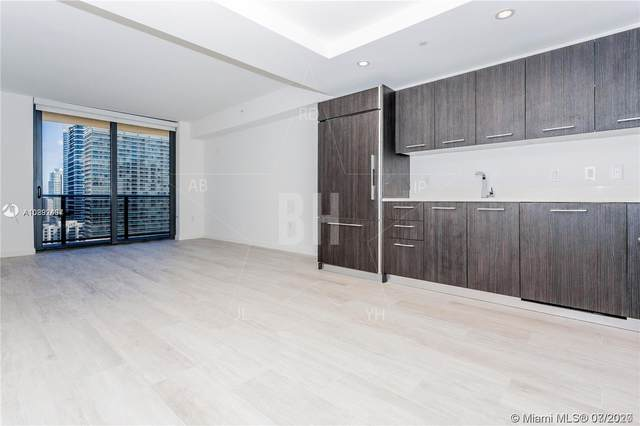 45 SW 9th St #2104, Miami, FL 33130 (MLS #A10892437) :: Berkshire Hathaway HomeServices EWM Realty