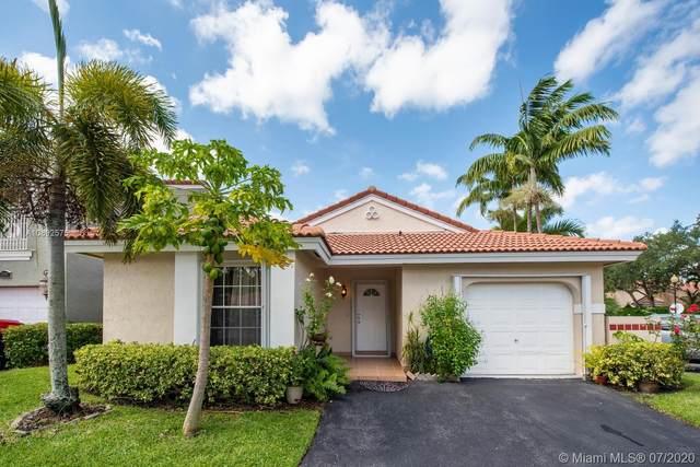 1399 Seagrape, Weston, FL 33326 (MLS #A10892575) :: Berkshire Hathaway HomeServices EWM Realty