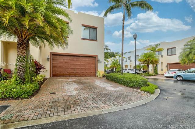 3242 SW 16th Ter, Fort Lauderdale, FL 33315 (MLS #A10892583) :: Berkshire Hathaway HomeServices EWM Realty