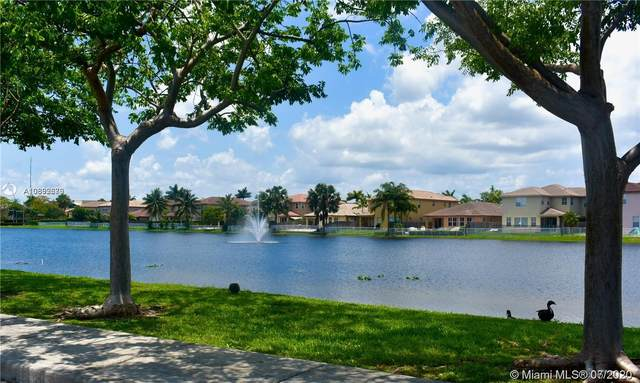 11102 NW 83rd St #110, Doral, FL 33178 (MLS #A10892679) :: Berkshire Hathaway HomeServices EWM Realty