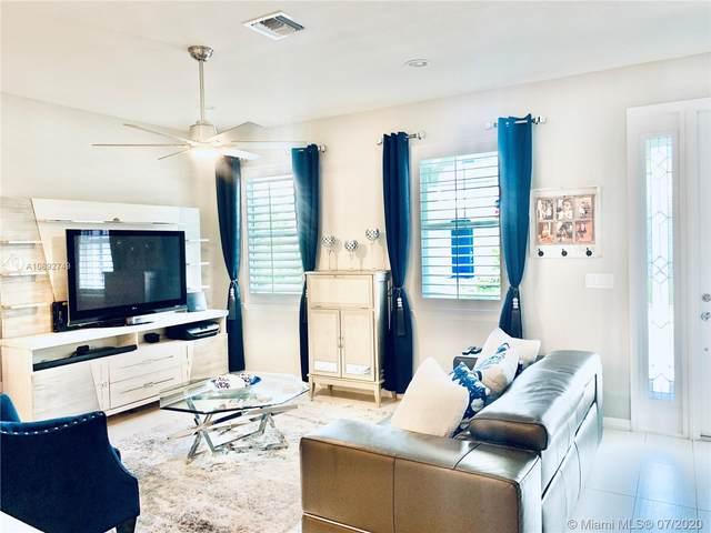 4023 Poinciana Ln #4023, Hollywood, FL 33021 (MLS #A10892749) :: Berkshire Hathaway HomeServices EWM Realty