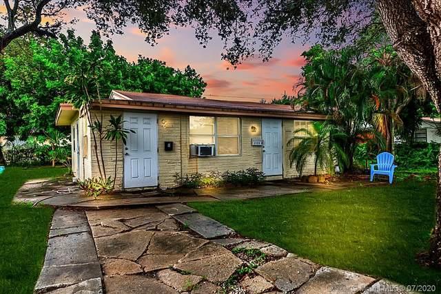 2123 Monroe Terrace, Hollywood, FL 33020 (MLS #A10893115) :: Berkshire Hathaway HomeServices EWM Realty