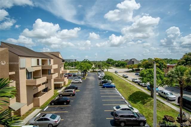 10500 SW 108th Ave B404, Miami, FL 33176 (MLS #A10893856) :: Berkshire Hathaway HomeServices EWM Realty