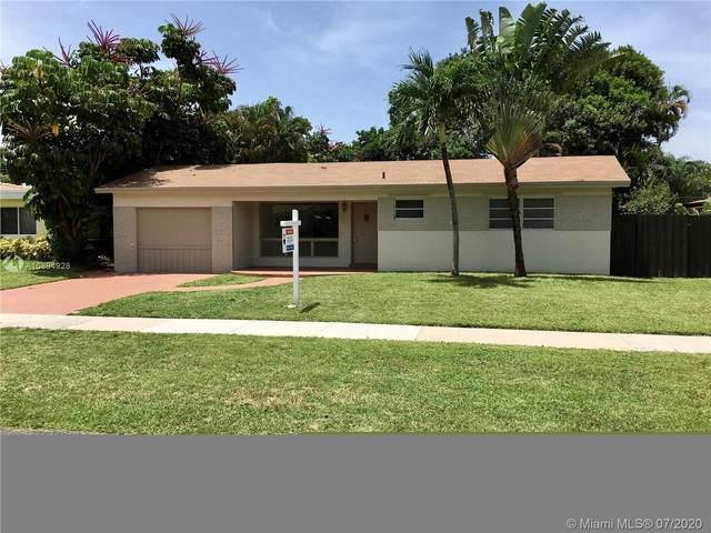 3715 Arthur St, Hollywood, FL 33021 (MLS #A10894928) :: The Riley Smith Group