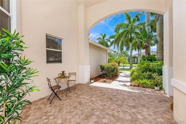 979 Nautica Dr, Weston, FL 33327 (MLS #A10895102) :: Berkshire Hathaway HomeServices EWM Realty