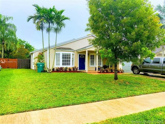 12731 SW 15th Mnr, Davie, FL 33325 (#A10895119) :: Real Estate Authority