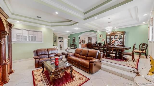 18155 SW 157th Ave, Miami, FL 33187 (MLS #A10895144) :: Berkshire Hathaway HomeServices EWM Realty