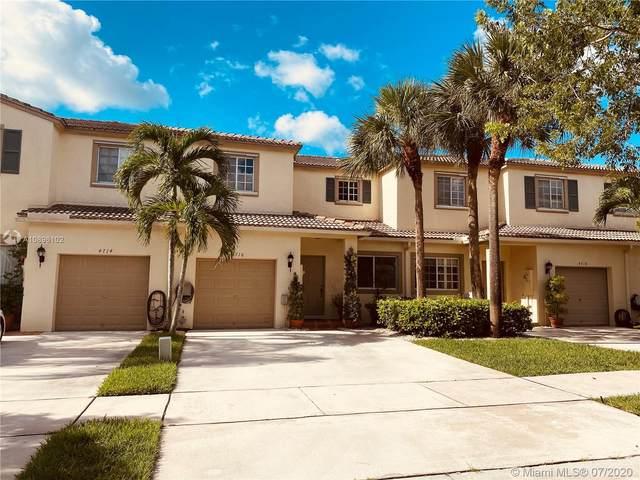 4716 Lago Vista Dr, Coconut Creek, FL 33073 (MLS #A10896102) :: Grove Properties