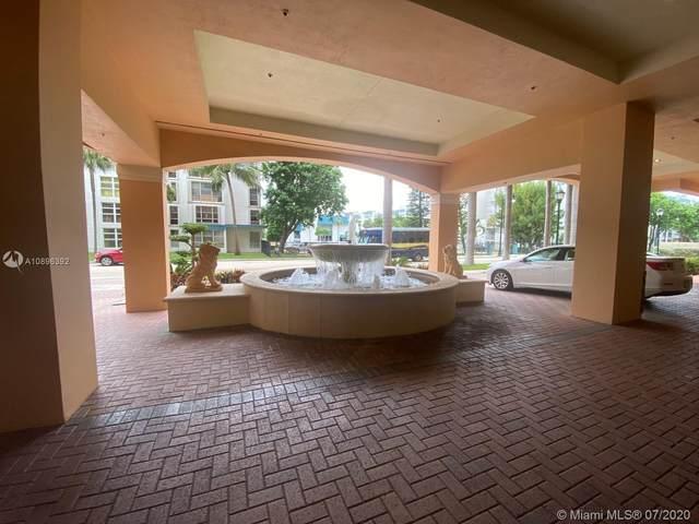 17555 Atlantic Blvd Ts2, Sunny Isles Beach, FL 33160 (MLS #A10896392) :: Berkshire Hathaway HomeServices EWM Realty