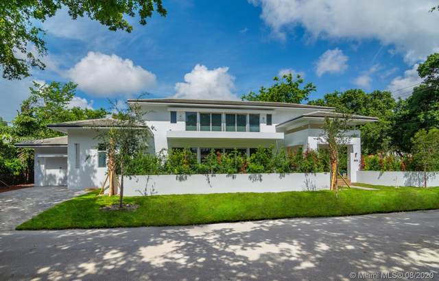 4004 Segovia St, Coral Gables, FL 33146 (MLS #A10896663) :: The Riley Smith Group