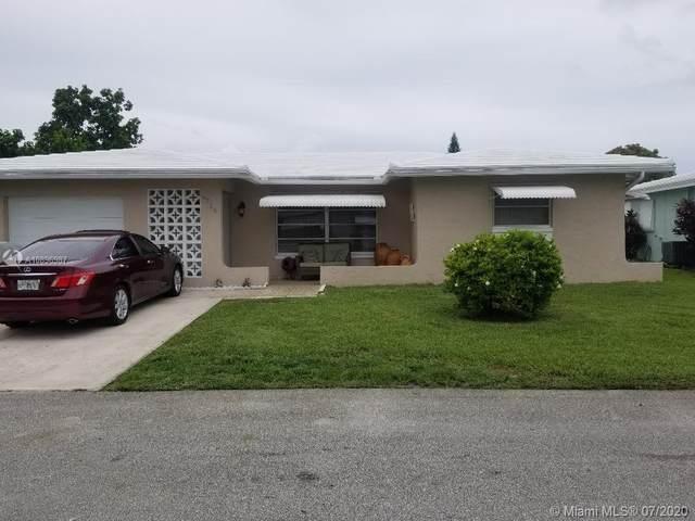 5716 NW 69th Avenue, Tamarac, FL 33321 (MLS #A10896987) :: Berkshire Hathaway HomeServices EWM Realty