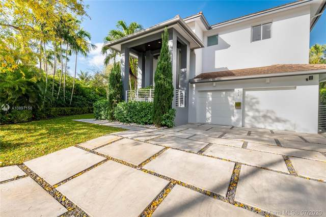 618 Curtiswood Dr, Key Biscayne, FL 33149 (MLS #A10897156) :: The Riley Smith Group