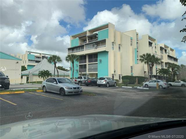 Lauderhill, FL 33313 :: Berkshire Hathaway HomeServices EWM Realty