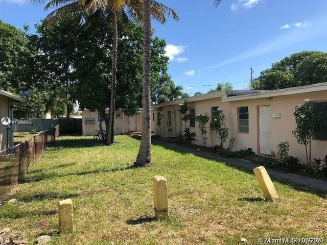 817 NW 10th St, Hallandale Beach, FL 33009 (MLS #A10898669) :: Berkshire Hathaway HomeServices EWM Realty