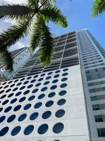 500 Brickell Ave #2808, Miami, FL 33131 (MLS #A10899418) :: The Pearl Realty Group
