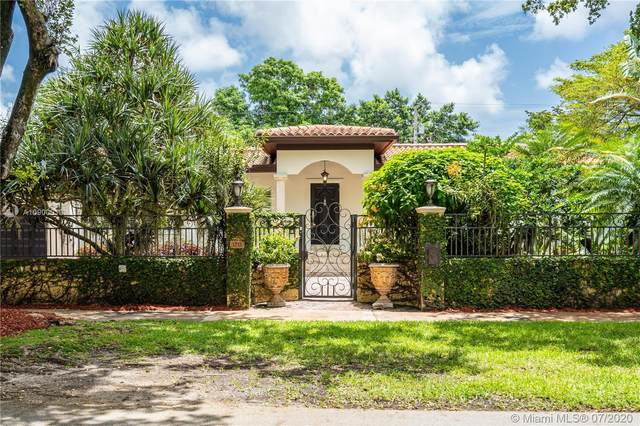 1215 Ferdinand St, Coral Gables, FL 33134 (MLS #A10900013) :: The Riley Smith Group