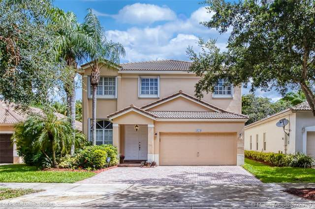 16549 Turquoise Trl, Weston, FL 33331 (MLS #A10900555) :: Berkshire Hathaway HomeServices EWM Realty