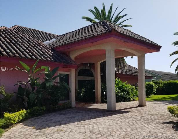 10381 SW 141st St, Miami, FL 33176 (MLS #A10901794) :: The Riley Smith Group