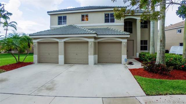 870 Nandina Dr, Weston, FL 33327 (MLS #A10902224) :: The Teri Arbogast Team at Keller Williams Partners SW