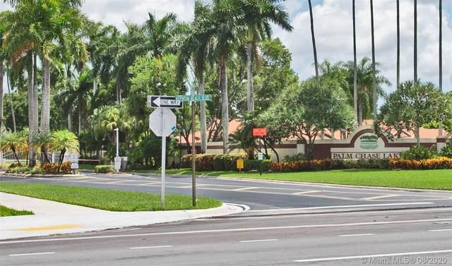 10279 N Circle Lake Dr #201, Boynton Beach, FL 33437 (MLS #A10903025) :: The Riley Smith Group