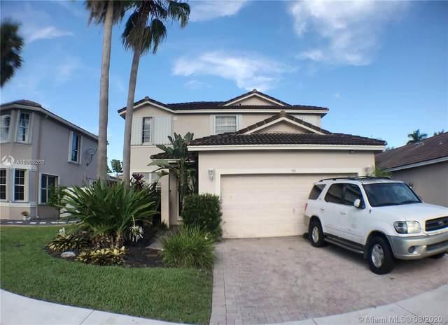 791 SW 120th Ave, Pembroke Pines, FL 33025 (MLS #A10903263) :: Berkshire Hathaway HomeServices EWM Realty