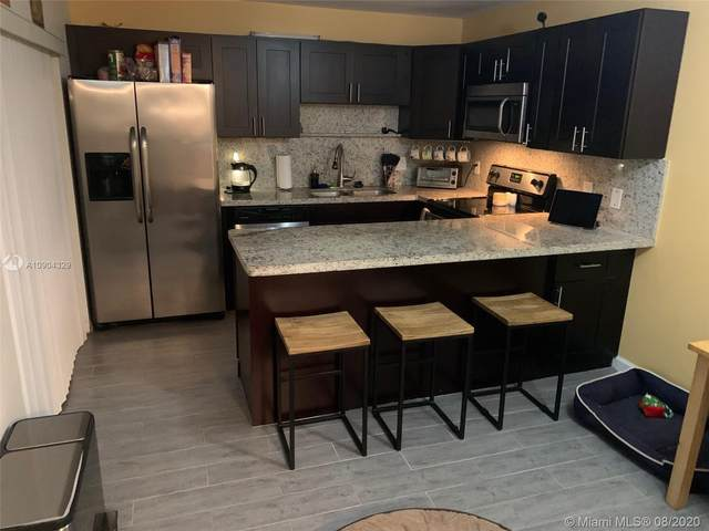 757 NW 99th Cir, Plantation, FL 33324 (MLS #A10904329) :: Berkshire Hathaway HomeServices EWM Realty