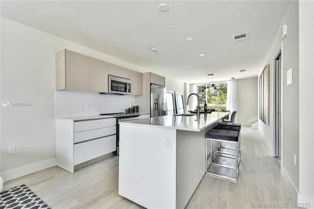 19380 NE 26 Ave #2213, Miami, FL 33180 (MLS #A10905046) :: Ray De Leon with One Sotheby's International Realty