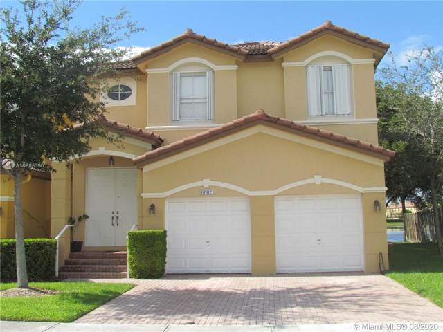 8602 NW 114th Ct, Doral, FL 33178 (MLS #A10905390) :: Grove Properties