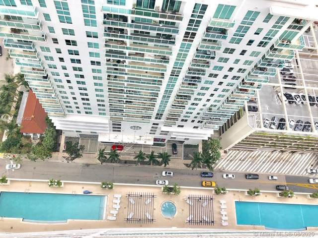 1200 Brickell Bay Dr #3709, Miami, FL 33131 (MLS #A10905429) :: Prestige Realty Group
